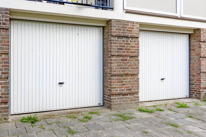 Slot Garage Kanteldeur : ✓ kanteldeuren dé budgetvriendelijke garagedeur brabant deur